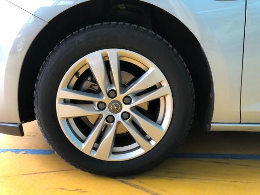 Opel Astra ST 20