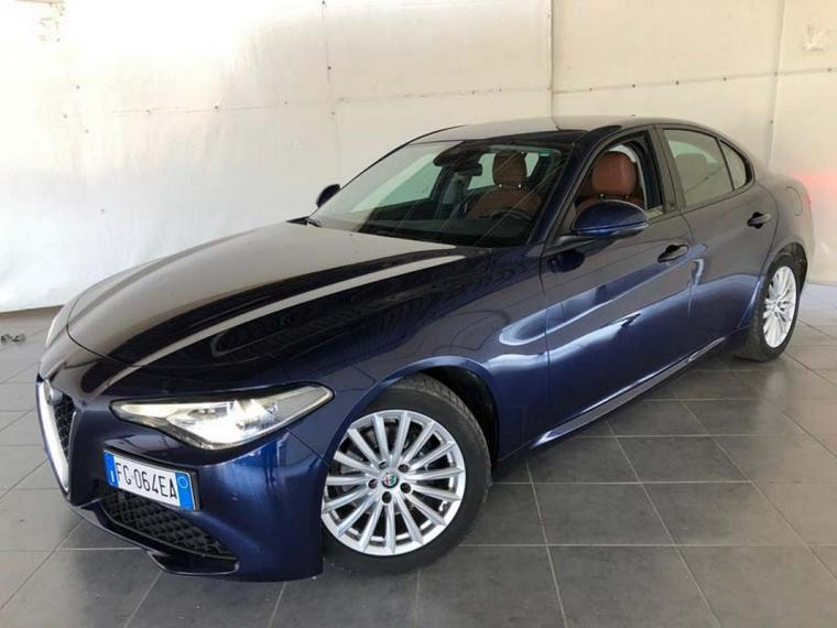 Alfa Romeo Giulia 2.2 Turbodiesel 180 CV AT8 Business Sport Launch Ed. 2016