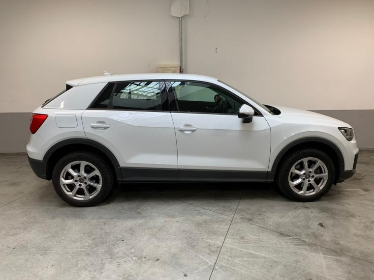 Audi Q2 1.6 TDI Business 2016 4
