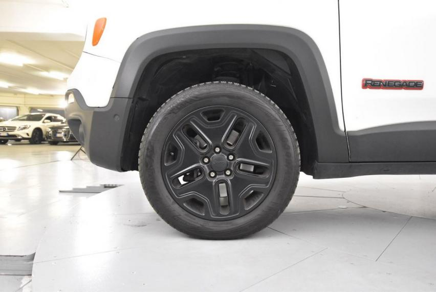 Jeep Renegade 2.0 Mjt 170 CV 4WD Active Drive Low Trailhawk 2014 19