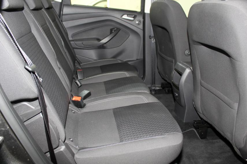Ford C-Max 1.5 TDCi 120 CV S&S Business 2017 11