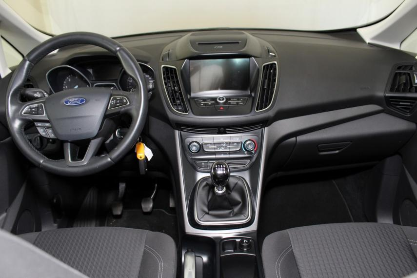Ford C-Max 1.5 TDCi 120 CV S&S Business 2017 12