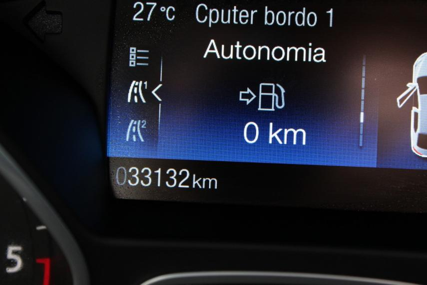 Ford C-Max 1.5 TDCi 120 CV S&S Business 2017 15