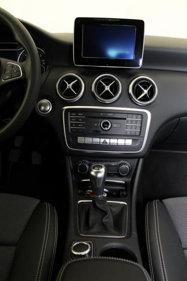 Mercedes-Benz Classe A A 180 d Business 2015 17