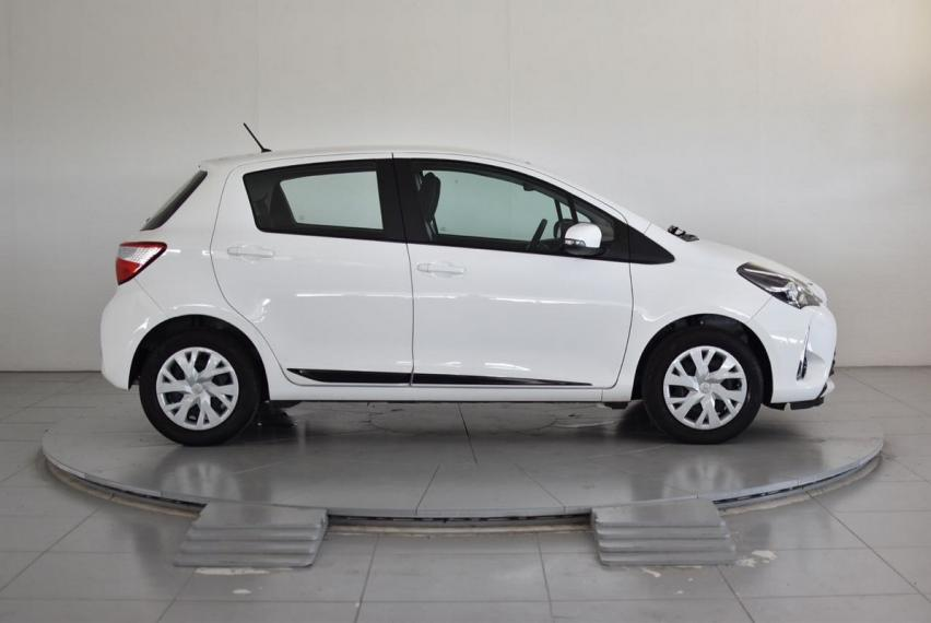 Toyota Yaris 1.0 5p. Active 2017 4