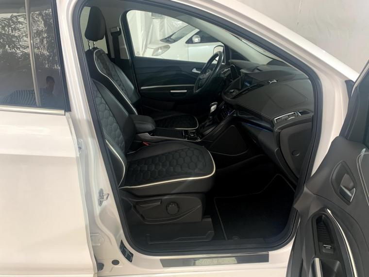 Ford Kuga 2.0 TDCI S&S Powershift Vignale 2016 8
