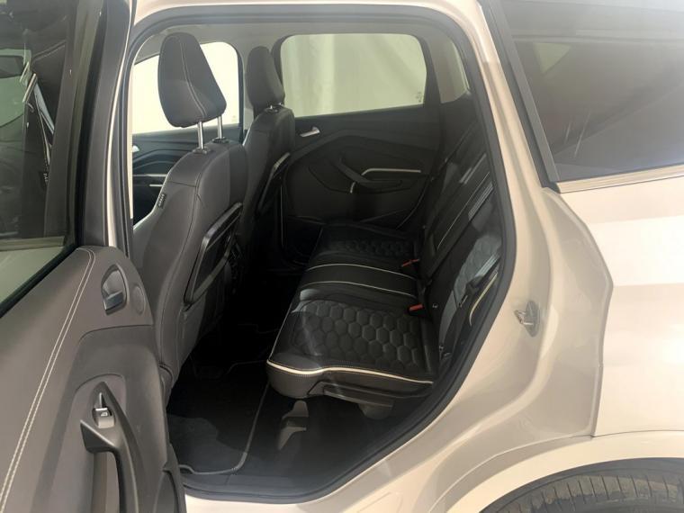 Ford Kuga 2.0 TDCI S&S Powershift Vignale 2016 9
