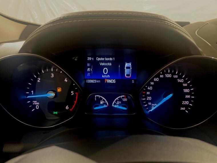 Ford Kuga 2.0 TDCI S&S Powershift Vignale 2016 14