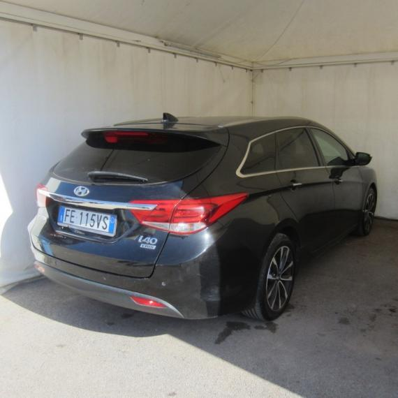 Hyundai i40 SW 1.7 CRDi 141 CV Business Station Wagon 2015 4
