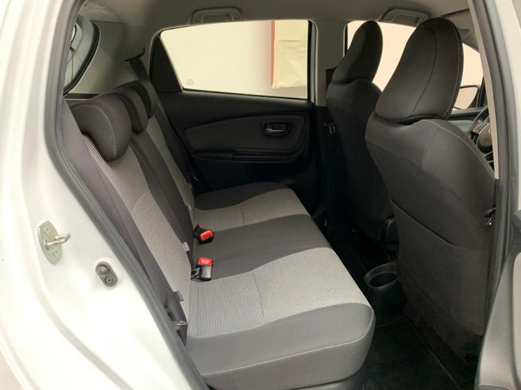 Toyota Yaris Hybrid 1.5 Hybrid 5p. Active 2015 12