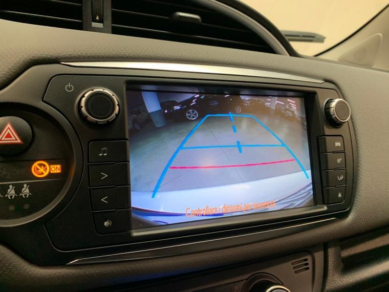 Toyota Yaris Hybrid 1.5 Hybrid 5p. Active 2015 21