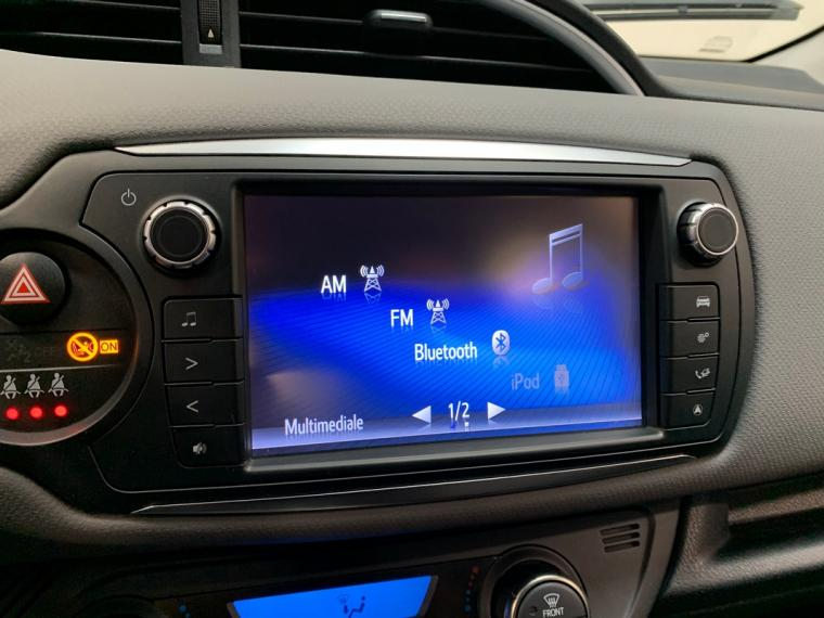 Toyota Yaris Hybrid 1.5 Hybrid 5p. Active 2015 22