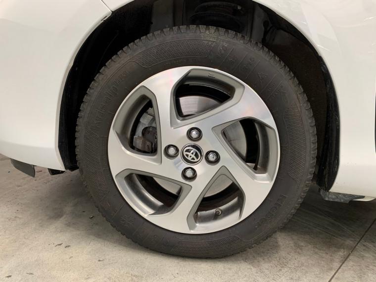 Toyota Yaris Hybrid 1.5 Hybrid 5p. Active 2015 23