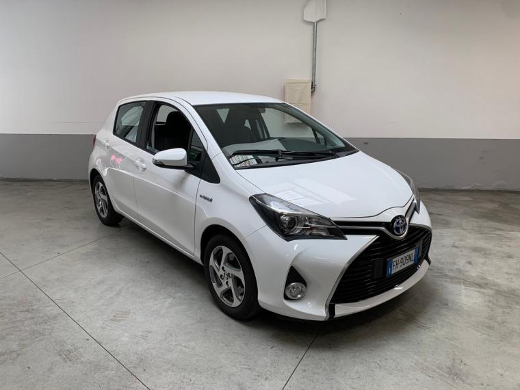 Toyota Yaris Hybrid 1.5 Hybrid 5p. Active 2015 3