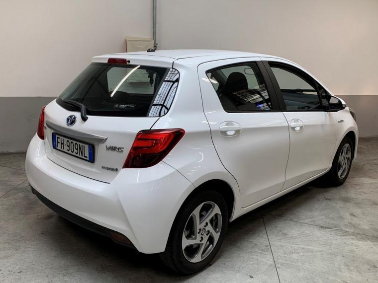 Toyota Yaris Hybrid 1.5 Hybrid 5p. Active 2015 5