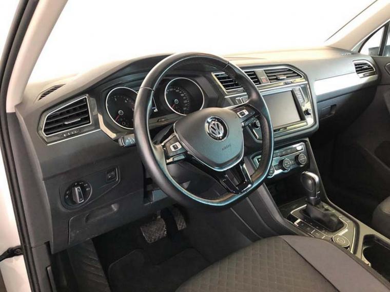 Volkswagen Tiguan 2.0 TDI SCR DSG 4MOTION Business BMT 2016 13