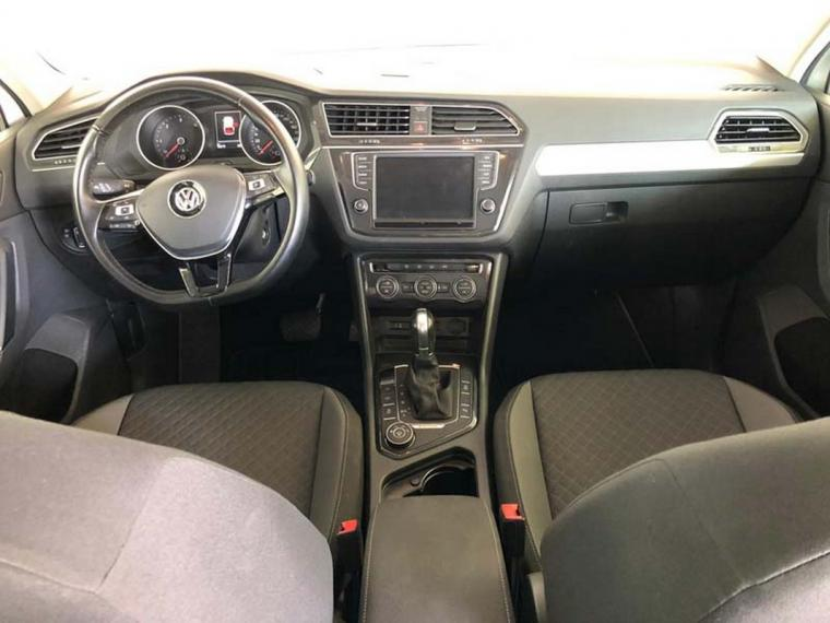 Volkswagen Tiguan 2.0 TDI SCR DSG 4MOTION Business BMT 2016 14