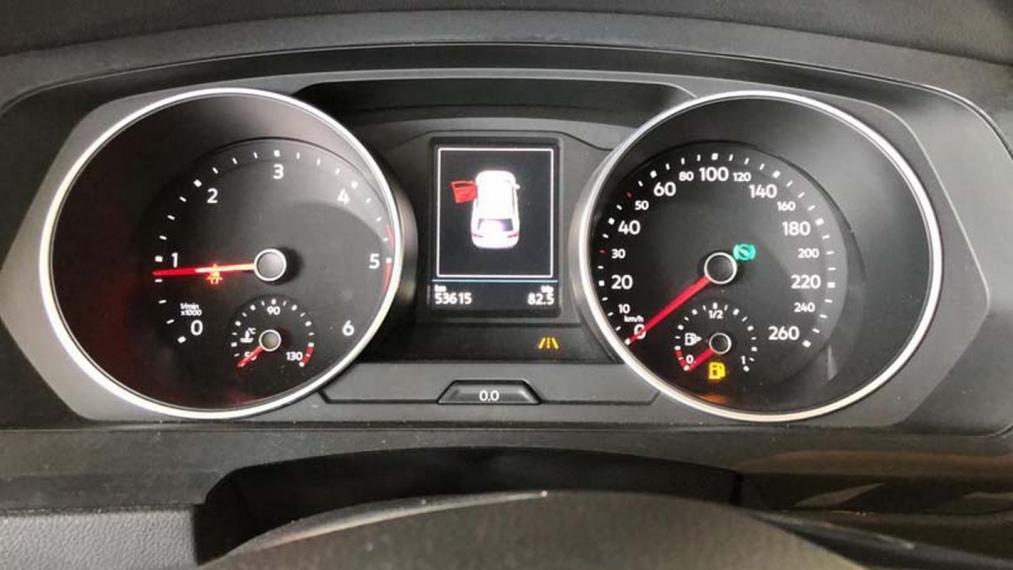 Volkswagen Tiguan 2.0 TDI SCR DSG 4MOTION Business BMT 2016 15