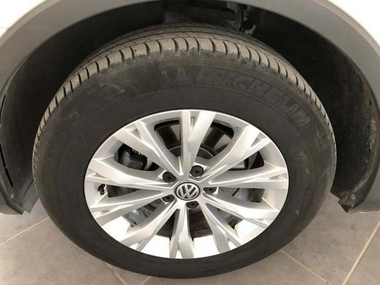 Volkswagen Tiguan 2.0 TDI SCR DSG 4MOTION Business BMT 2016 19