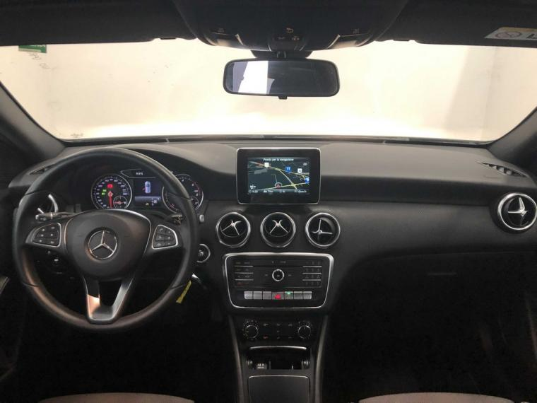 Mercedes-Benz Classe A 180 d Automatic Business 2015 12