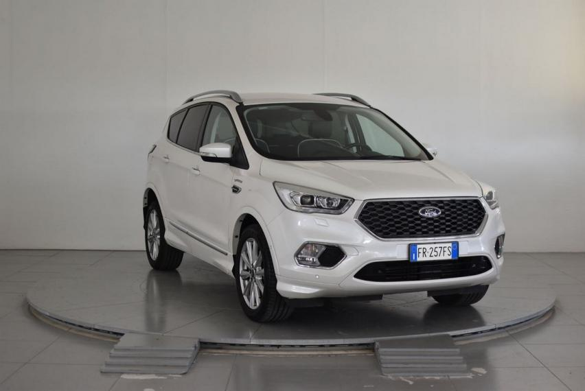 Ford Kuga 2.0 TDCI 150 CV S&S 2WD Vignale 2016 3