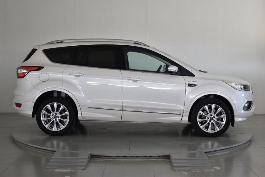 Ford Kuga 2.0 TDCI 150 CV S&S 2WD Vignale 2016 4