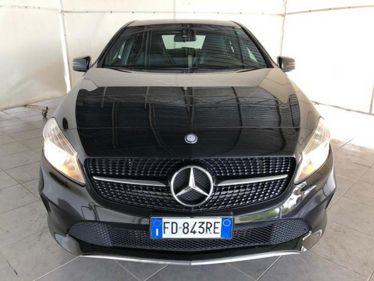 Mercedes-Benz Classe A A 180 d Business 2015 2