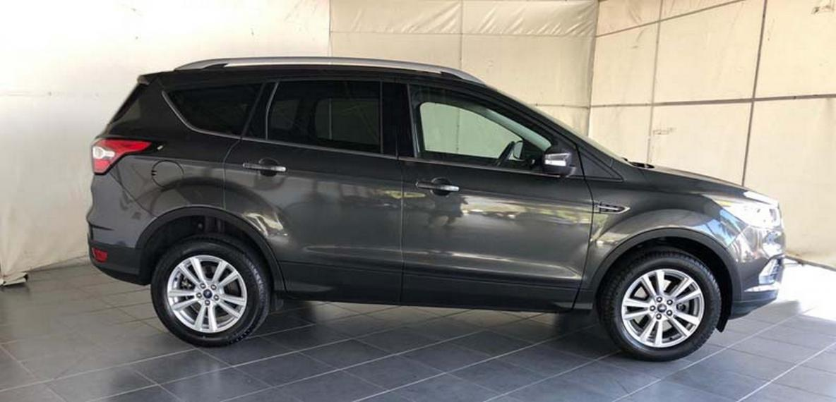 Ford Kuga 1.5 TDCI 120 CV S&S 2WD Business 2016 4