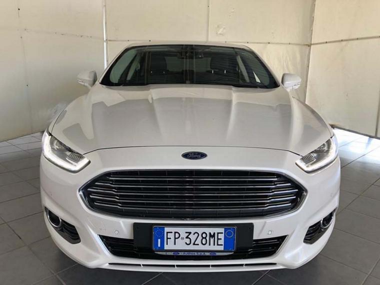 Ford Mondeo Hybrid 2.0 187 CV eCVT Titanium Business  4p 2017 2