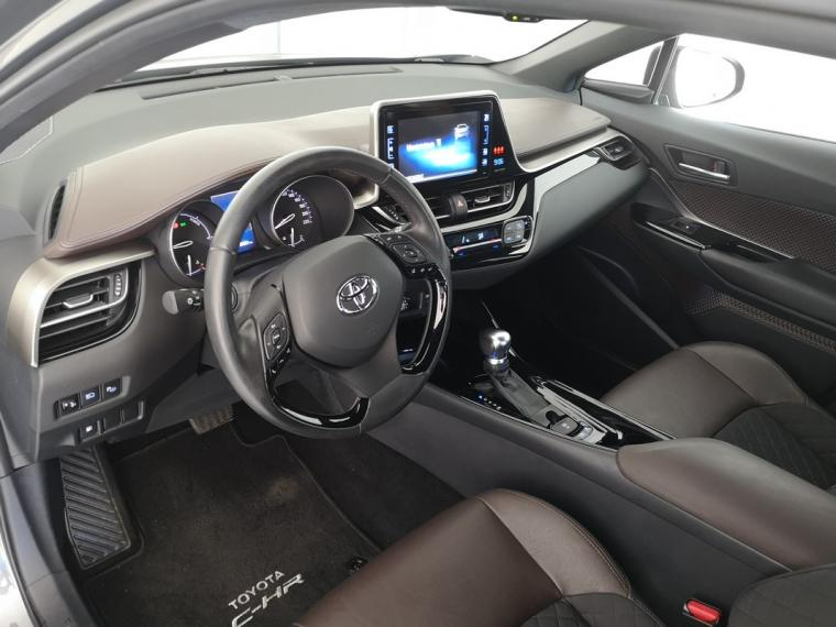Toyota C-HR Hybrid 1.8 Hybrid E-CVT Lounge 2016 12