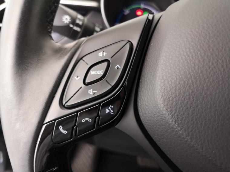 Toyota C-HR Hybrid 1.8 Hybrid E-CVT Lounge 2016 19