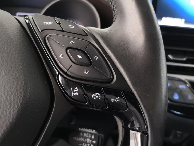 Toyota C-HR Hybrid 1.8 Hybrid E-CVT Lounge 2016 20