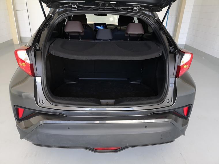 Toyota C-HR Hybrid 1.8 Hybrid E-CVT Lounge 2016 6