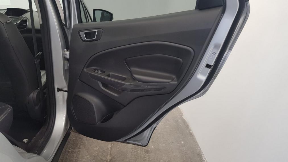 Ford EcoSport 1.5 TDCi 95 CV Titanium 2015 19