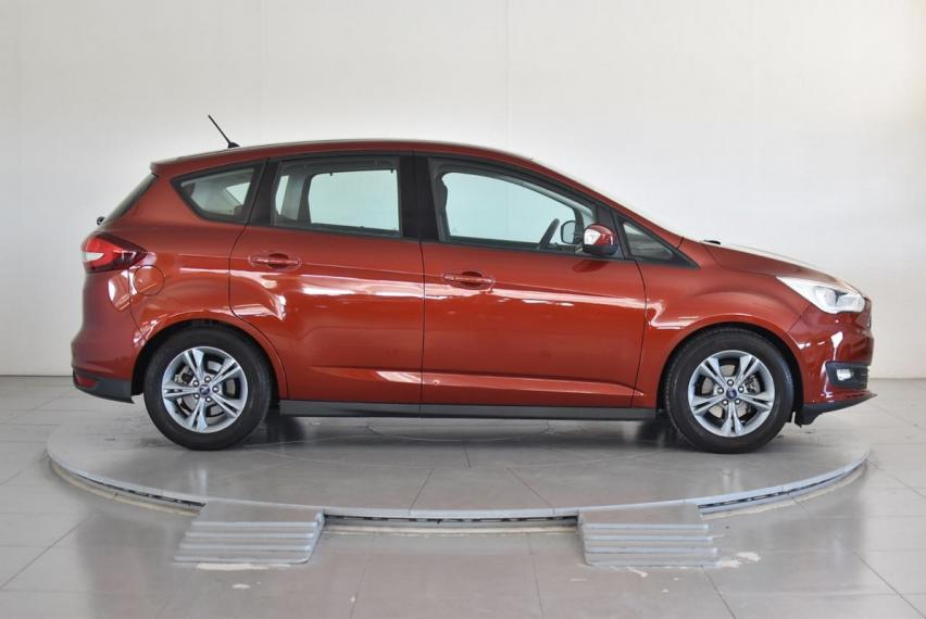 Ford C-Max 1.5 TDCi 95 CV S&S Business 2017 4