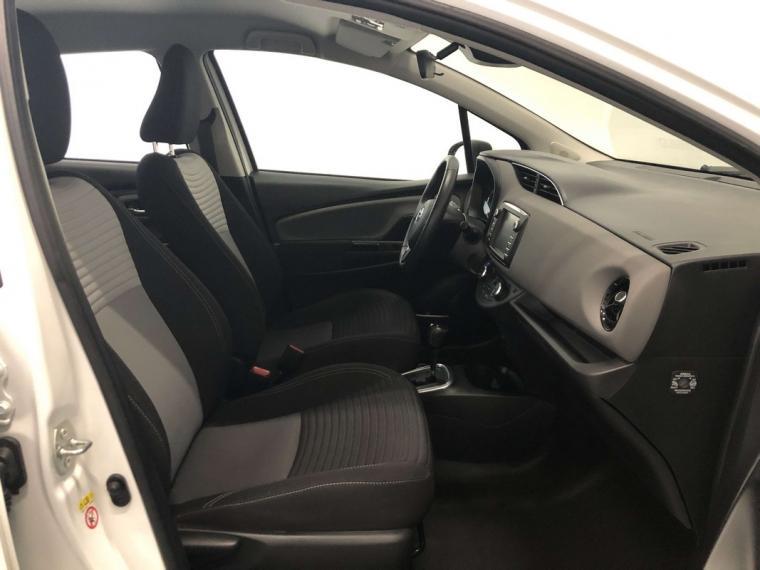 Toyota Yaris Hybrid 1.5 Hybrid Active 5p. 2017 8
