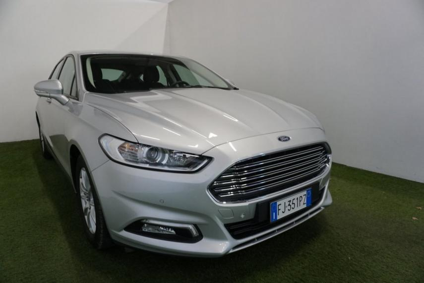 Ford Mondeo 2.0 TDCi 150 CV S&S 5p. Business 2017 3