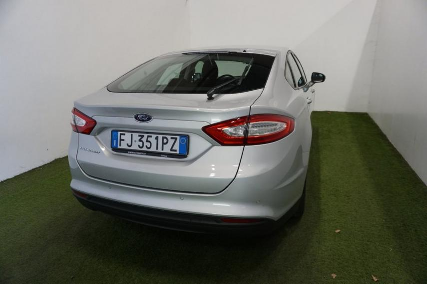 Ford Mondeo 2.0 TDCi 150 CV S&S 5p. Business 2017 5