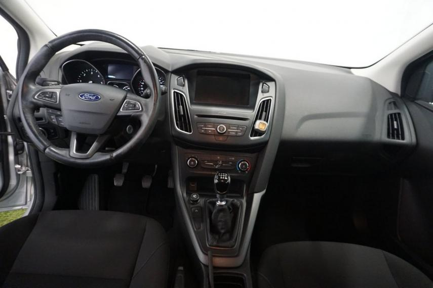 Ford Focus SW 1.5 TDCi 120 CV S&S Business Station Wagon 2015 12