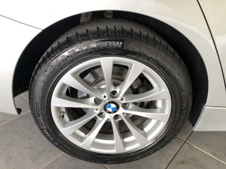 BMW Serie 3 318d xDrive Business Advantage 2015 15