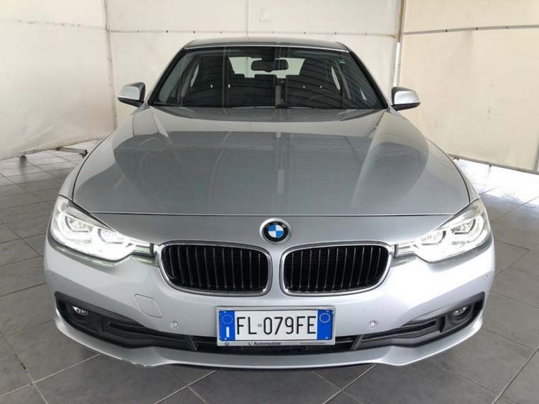BMW Serie 3 318d xDrive Business Advantage 2015 2
