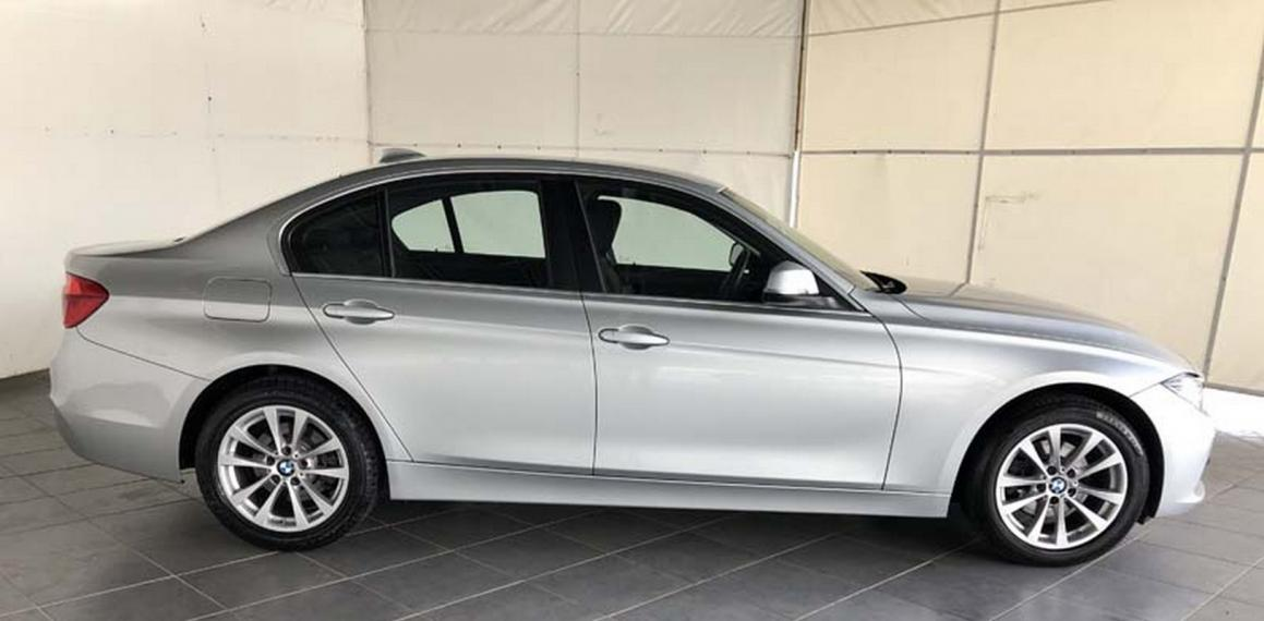 BMW Serie 3 318d xDrive Business Advantage 2015 4