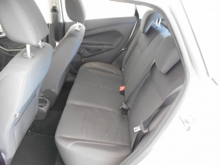 Ford Fiesta 1.5 TDCi 75 CV 5p. Business 2016 8