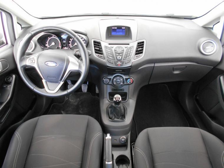 Ford Fiesta 1.5 TDCi 75 CV 5p. Business 2016 10
