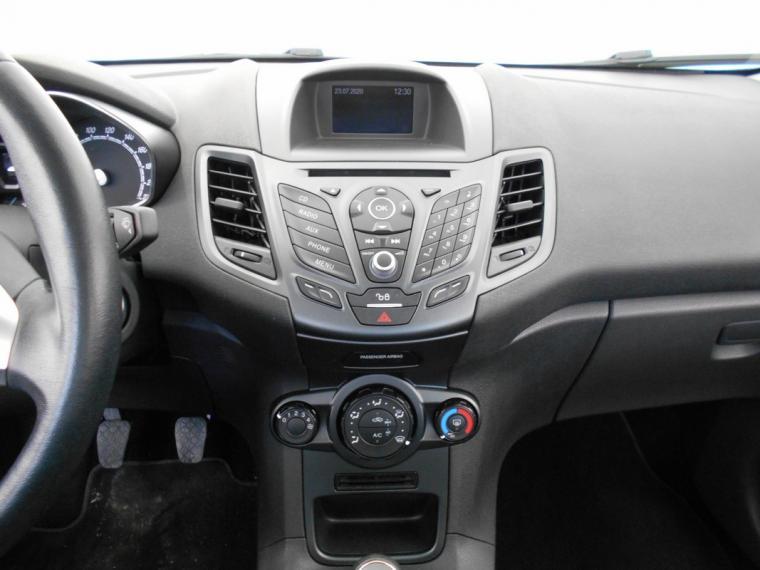 Ford Fiesta 1.5 TDCi 75 CV 5p. Business 2016 12