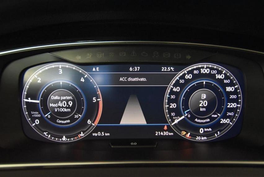 Volkswagen Golf 2.0 TDI 5p. Executive BMT 2017 17