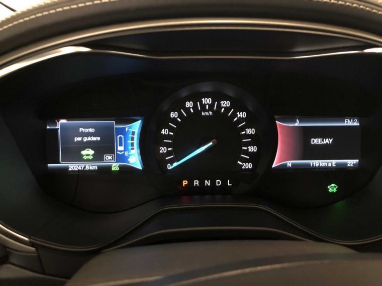 Ford Mondeo Hybrid 2.0 187 CV eCVT Vignale 4p. 2018 12