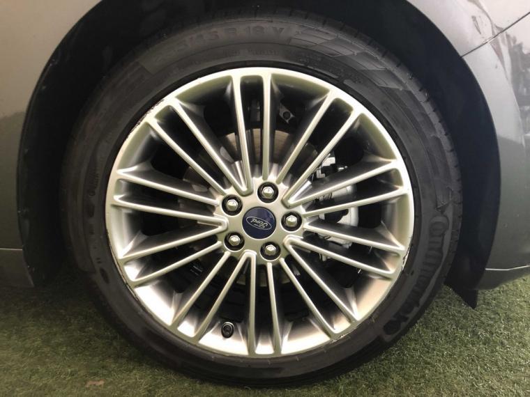 Ford Mondeo Hybrid 2.0 187 CV eCVT Vignale 4p. 2018 14