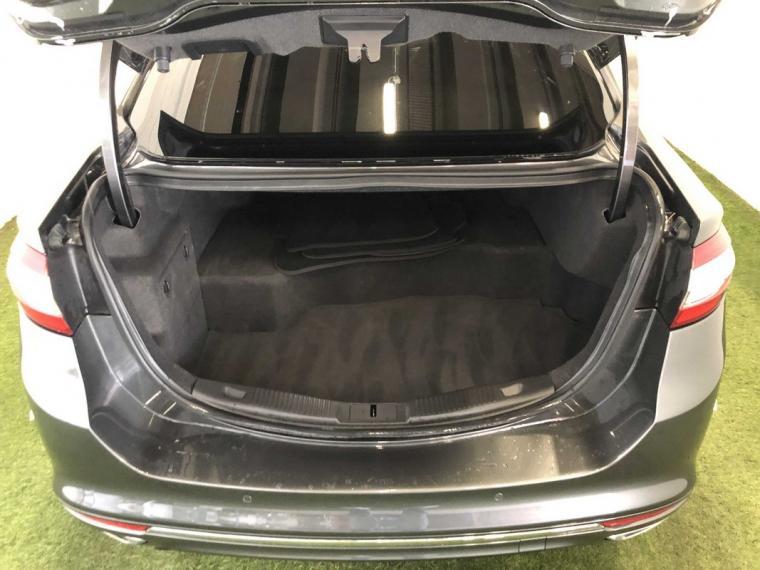 Ford Mondeo Hybrid 2.0 187 CV eCVT Vignale 4p. 2018 5