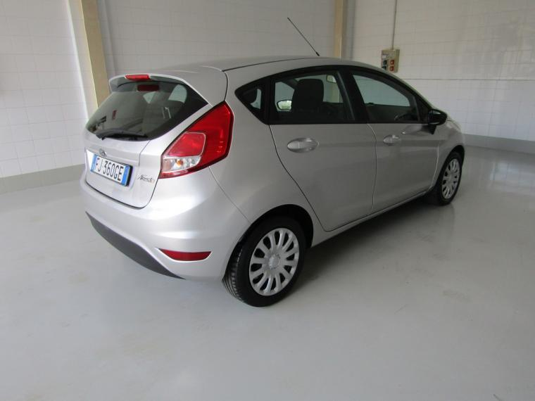 Ford Fiesta 1.5 TDCi 75 CV 5p. Business 2016 3